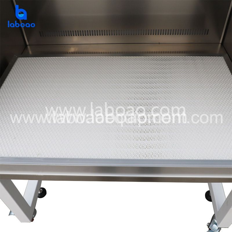30% air exhaust 70% air recirculation biological safety cabinet